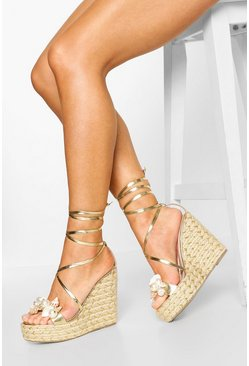 Gold Shell & Pearl Trim Wedges