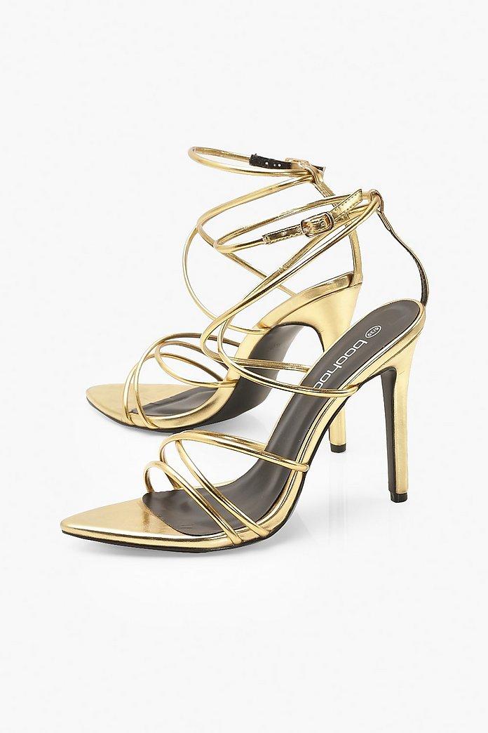 Spetsiga sandaletter med tunna band   boohoo