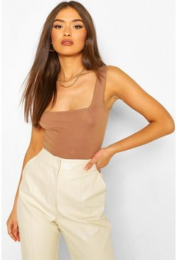 Soft Knit Scoop Neck Crop Top, Camel