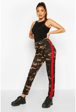 Dark Camo Legging With Contrast Panel, Red