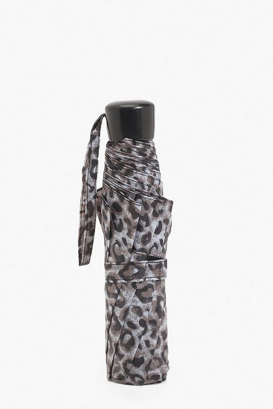 Wind Resistant Leopard Print Umbrella