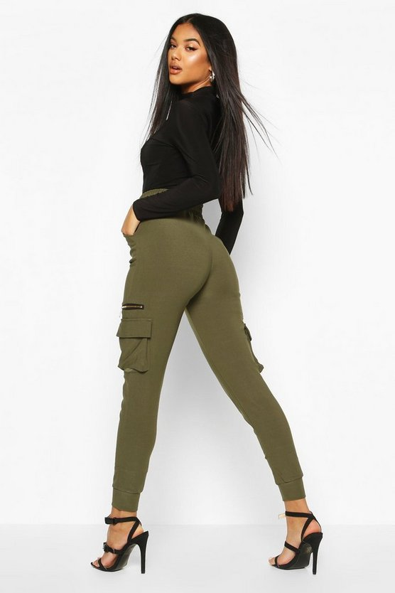 Cargo Pants With Pocket And Zip Feature