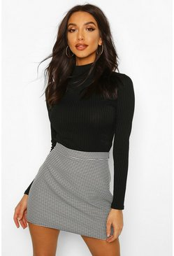 Black Dogtooth Woven Mini Skirt