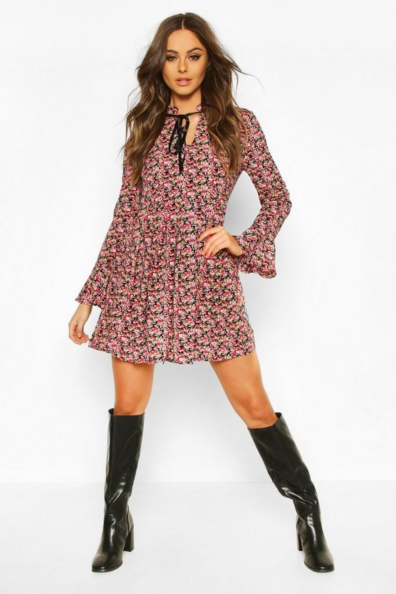 Floral Print Ruffle Neck Smock Dress