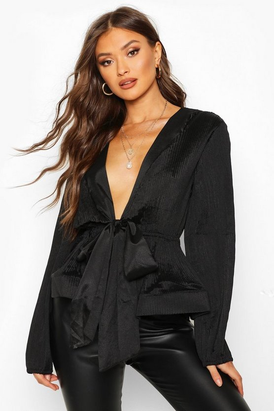 Woven Crinkle Tie Front Blouse