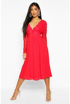 Robe midi patineuse avec top en dentelle, Fruits rouges
