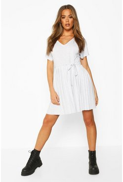 Grey marl Short Sleeve V Neck Pleated Skater Dress