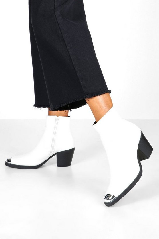 Womens White Metal Toe Block Heel Western Boots
