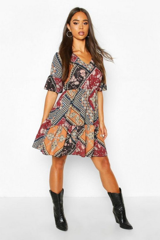 Womens Black Paisley Print Flute Sleeve Skater Dress