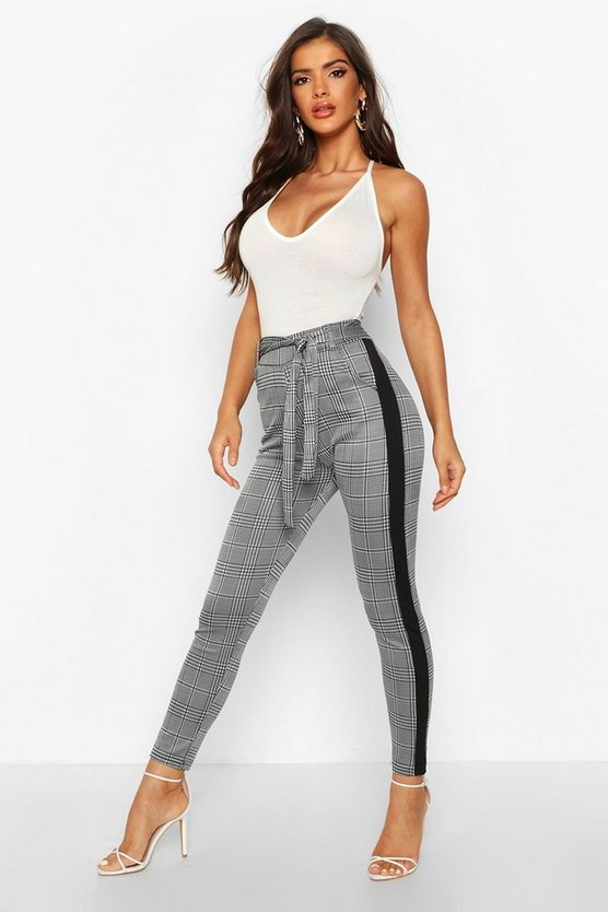 Tie Waist Check Trouser With Contrast Panel by Boohoo