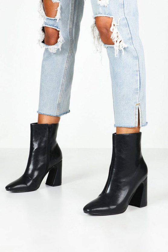 Flare Heel Pointed Shoe Boots