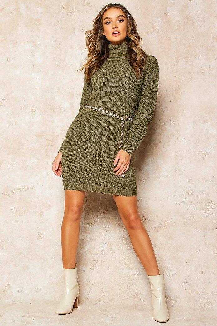 Stickad klänning med polokrage | boohoo