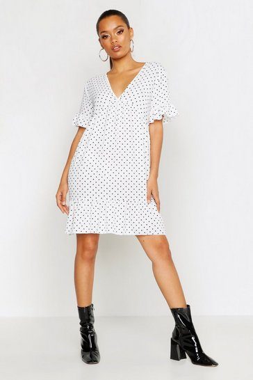 Womens White Heart Print Plunge Ruffle Hem Smock Dress
