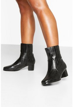Black Wide Fit Low Block Heel Shoe Boots