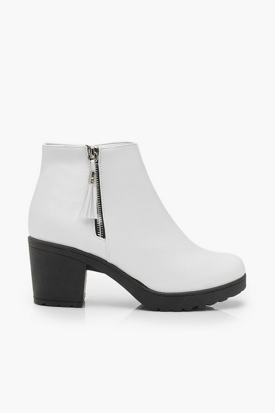 Zip Pull Chunky Chelsea Boots