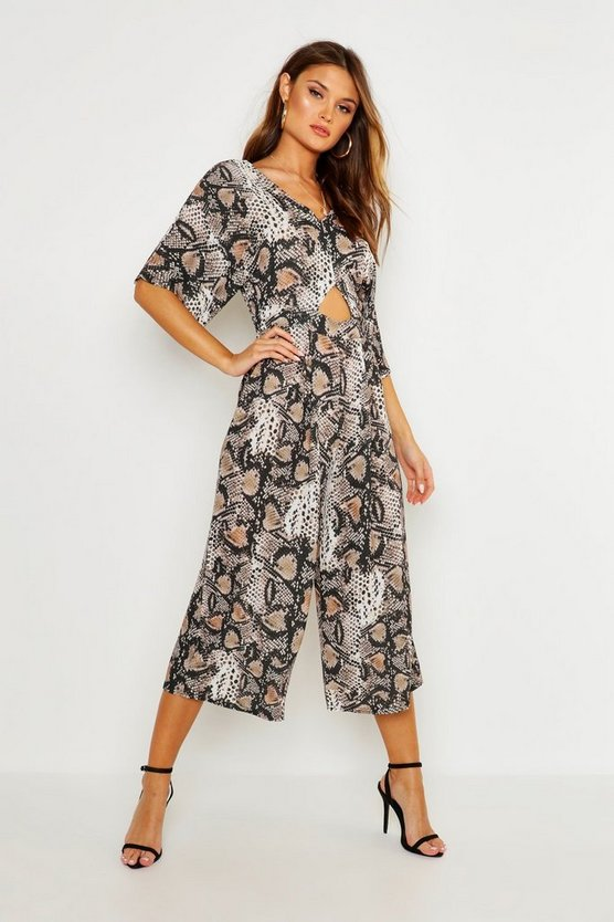 Snake Cut Out Kimono Sleeve Jumpsuit by Boohoo