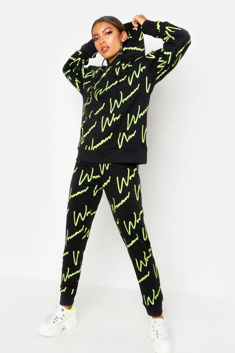 5a65d3854d2b7e Survêtement à capuche imprimé Woman sur l'ensemble