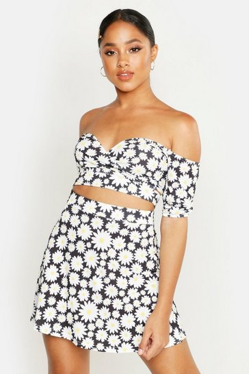 Womens Black Daisy Print Wrap Top & Skater Skirt Co-Ord