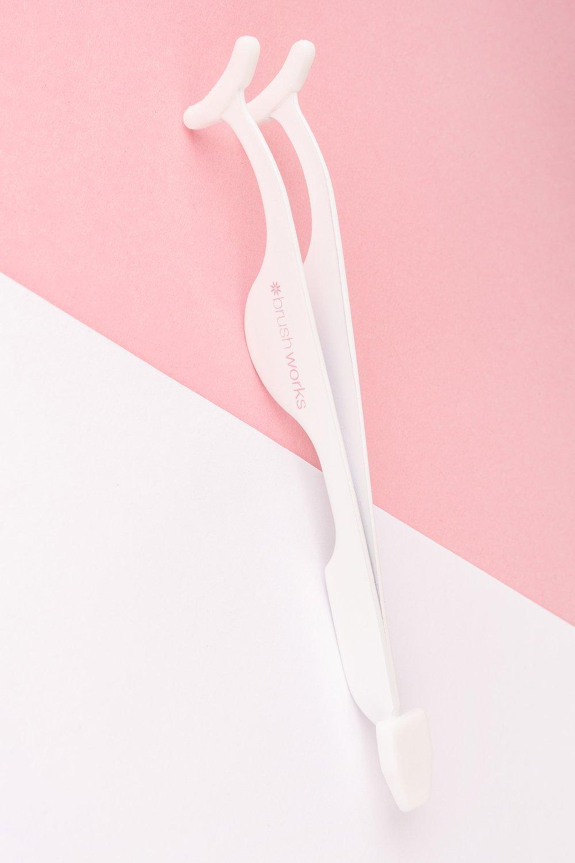 Image of Applicatore ciglia finte Brushworks, Bianco