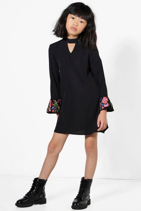 Girls Embroidered Cuff Sleeve Choker Dress