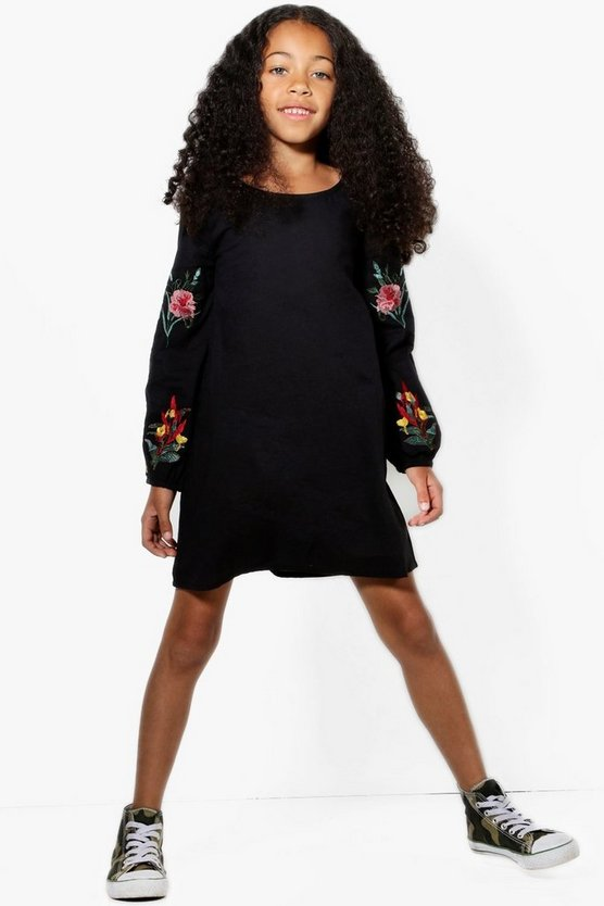 Girls Embroidery And Ruffle Sleeve Dress