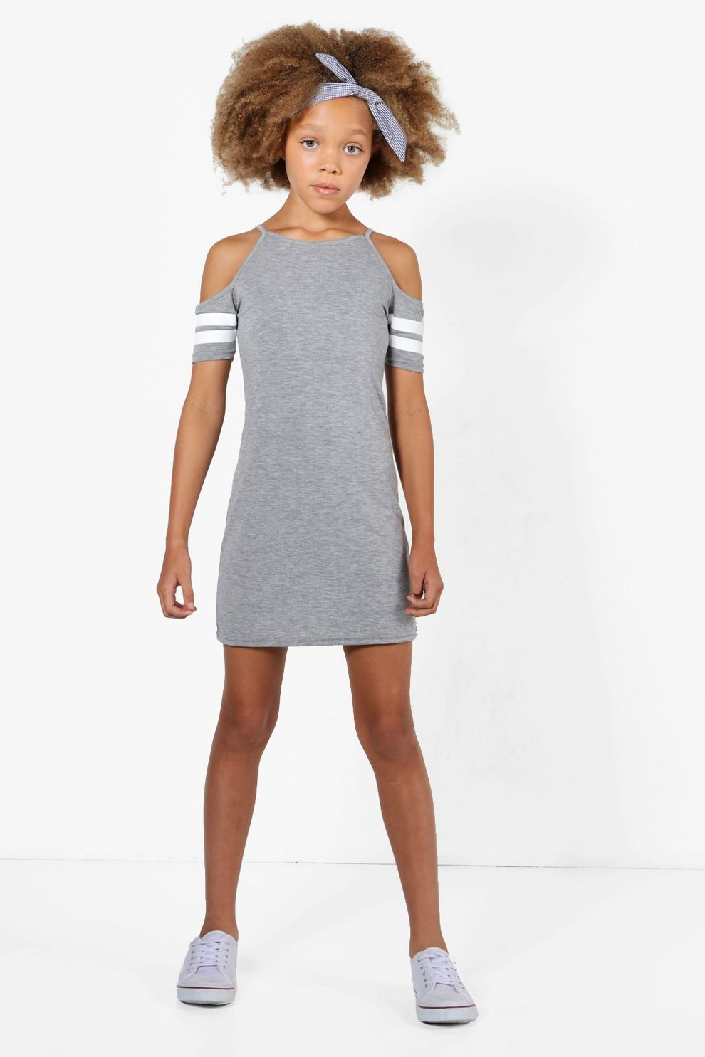 892eb7fb3 vestido deportivo a rayas con hombros descubiertos para niña