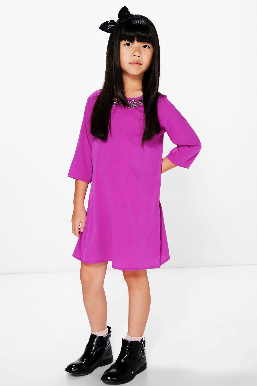 vestido de corte recto con cuello adornado para niña | Boohoo