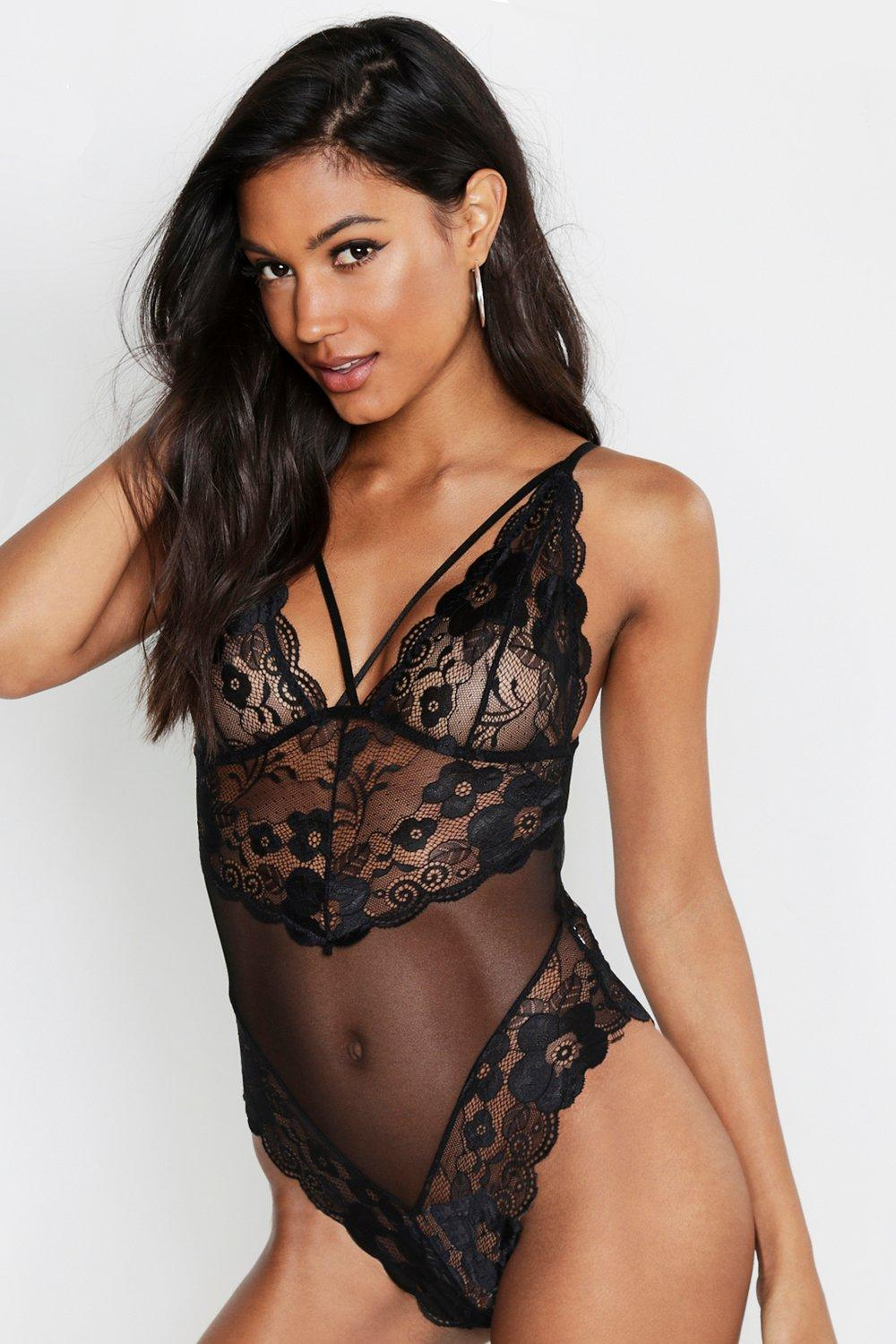 Scallop Lace Plunge Body