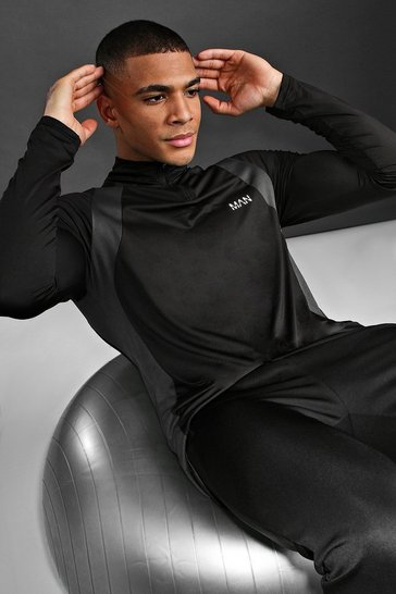 Black MAN Active Muscle Fit Panelled Top
