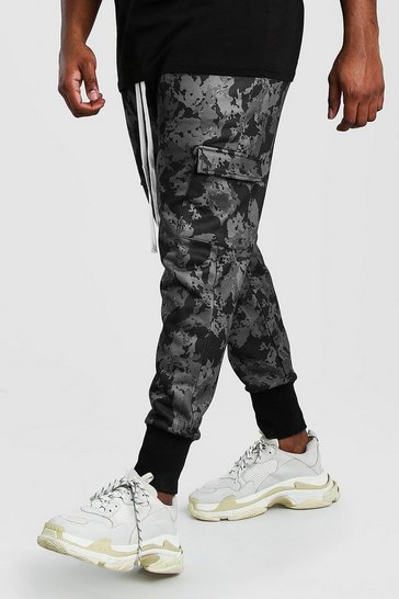 Big And Tall Deep Cuff Camo Utility Jogger