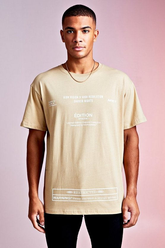 MAN Design Loose Fit T-Shirt mit Multi Text Edition-Print, Sand, Herren