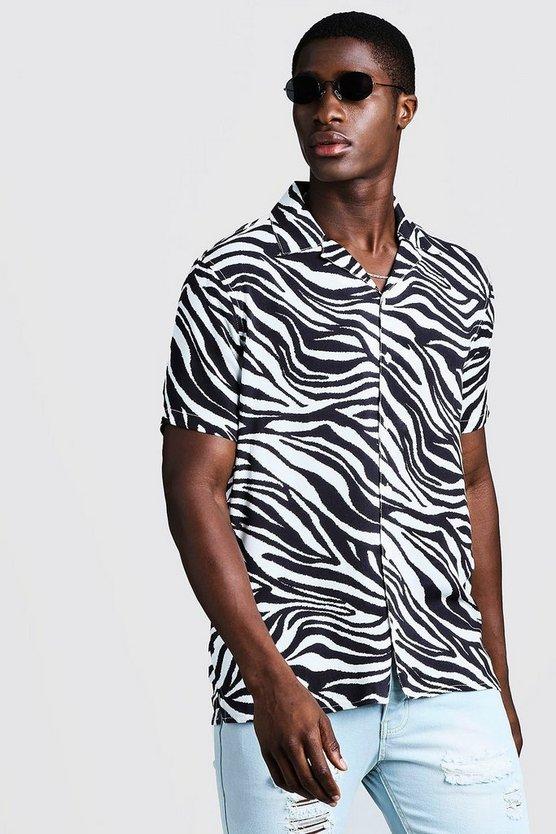 Animal Print Short Sleeve Revere Shirt by Boohoo