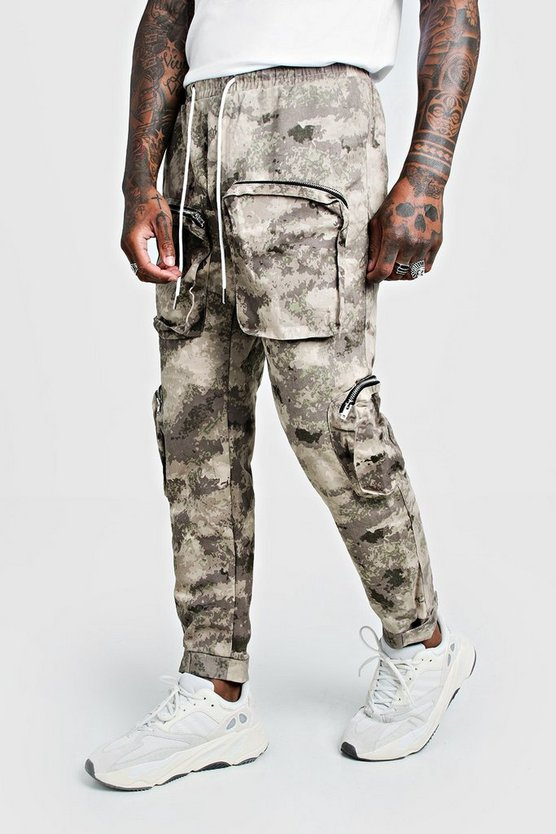 Blurred Camo Cargo Trouser With 3D Pockets