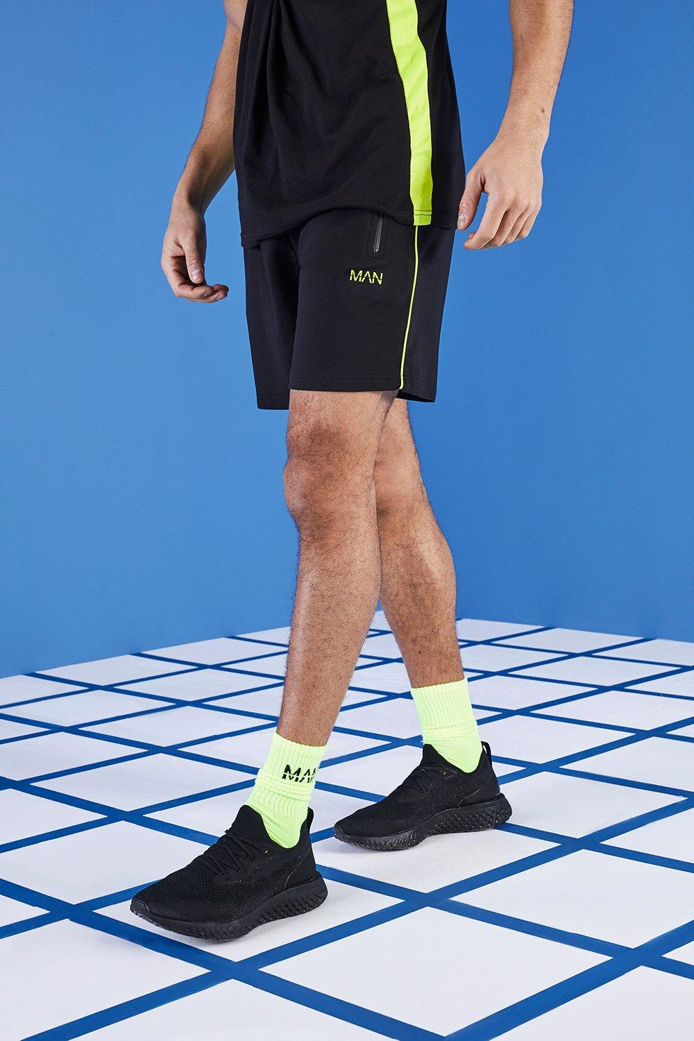 MAN Gym Shorts In Mid Length