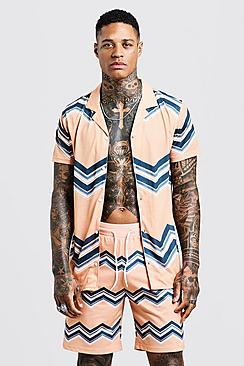 Chevron Print Short Sleeve Revere Jersey Shirt
