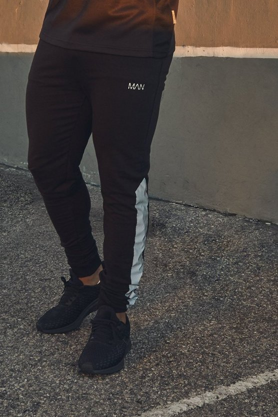 Mens Black Active Muscle Fit Jogger With Reflective Panel