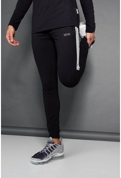 Herr Black Active Muscle Fit Jogger With Reflective Panel