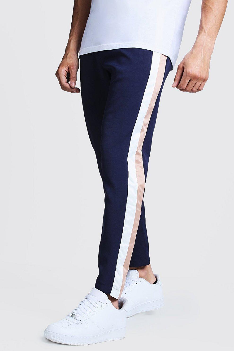ad7de2d6fa Pantaloni blu oltremare con righe laterali | Boohoo