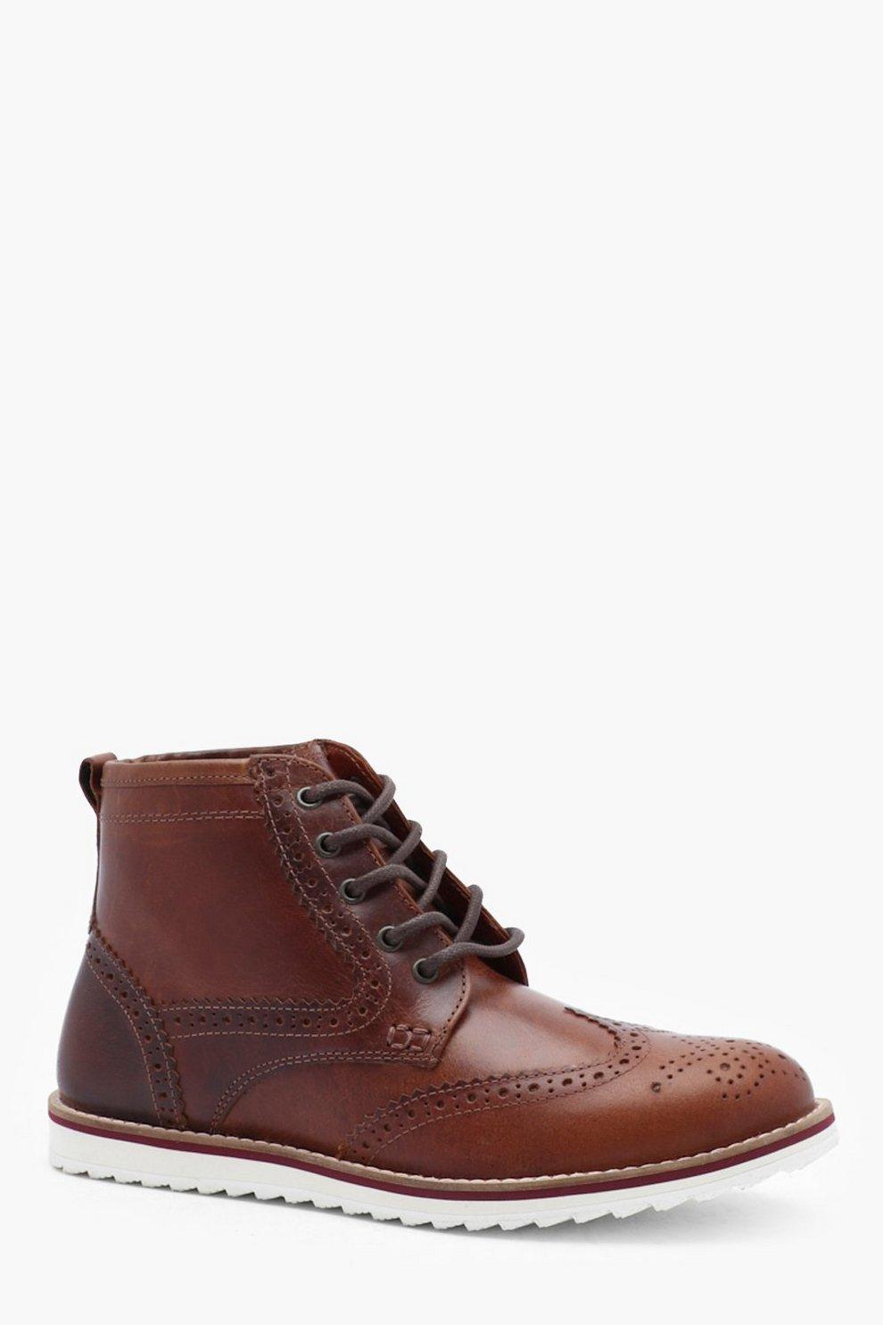wholesale dealer f05a5 496b5 Stiefel aus echtem Leder mit weißer Sohle zum Schnüren   Boohoo
