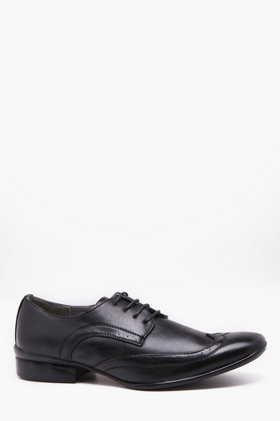 Almond Toe Wing Cap Brogue
