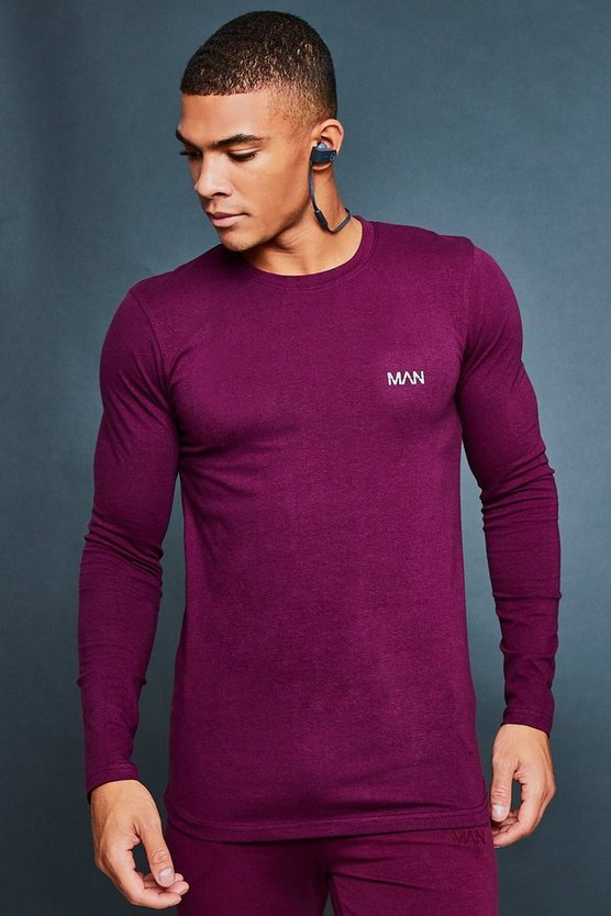 Muscle Fit Curved Hem Reflective Tee