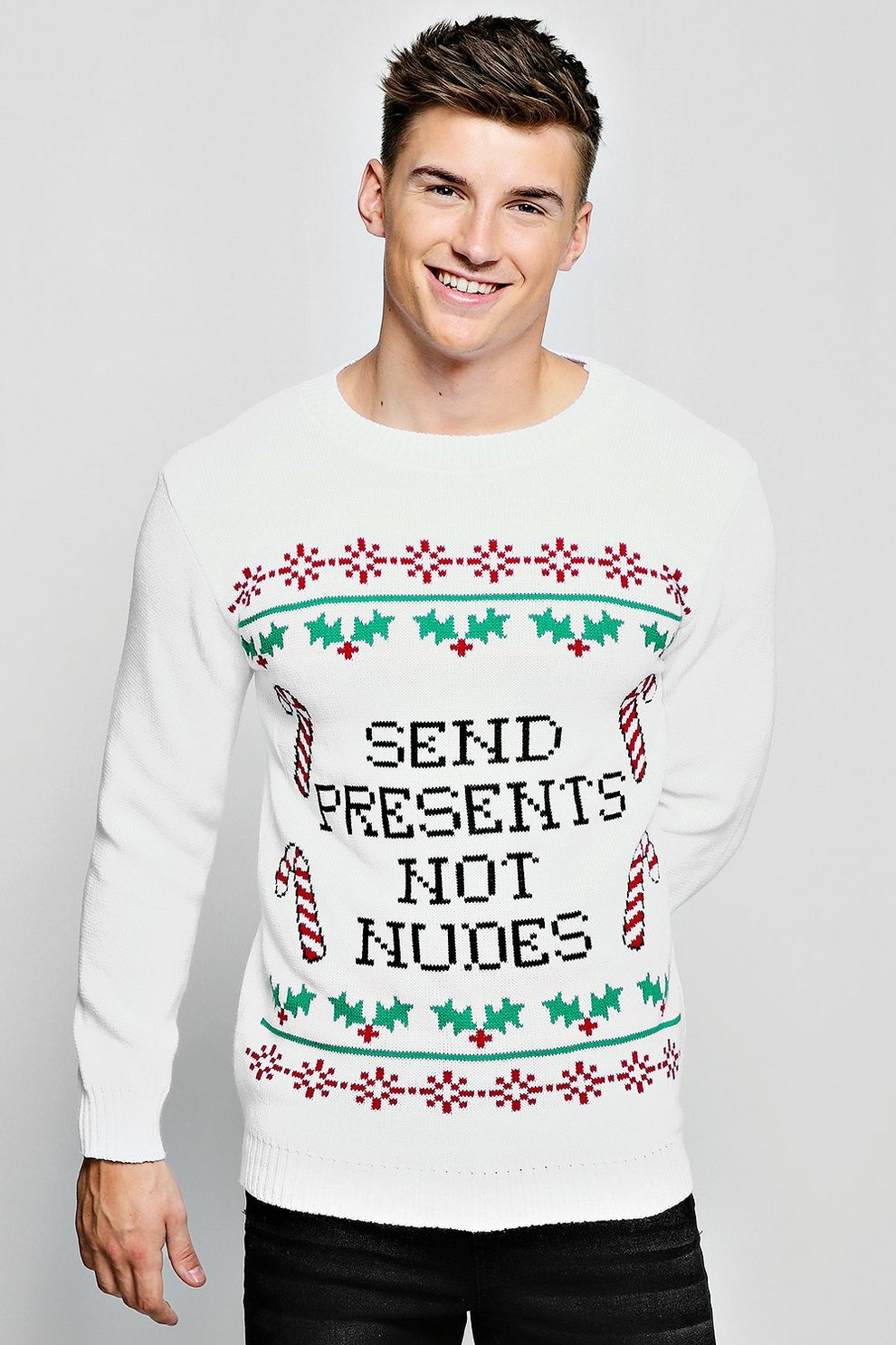 dbe58de329935 Mens White Presents/Pictures Knitted Christmas Jumper