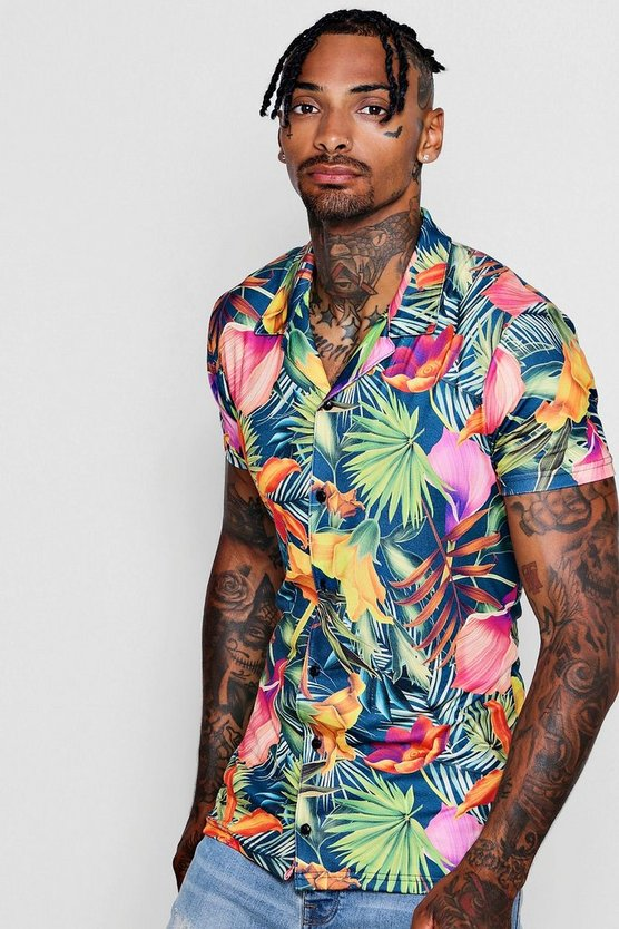 Muscle Fit Tropical Short Sleeve Revere Shirt