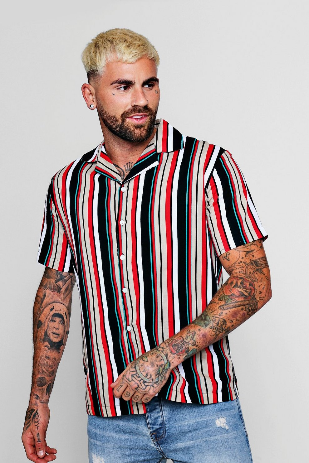 176f287722eca8 Vertical Stripe Short Sleeve Revere Shirt | Boohoo