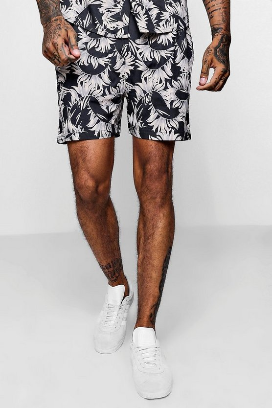 Leaf Print Drawstring Short