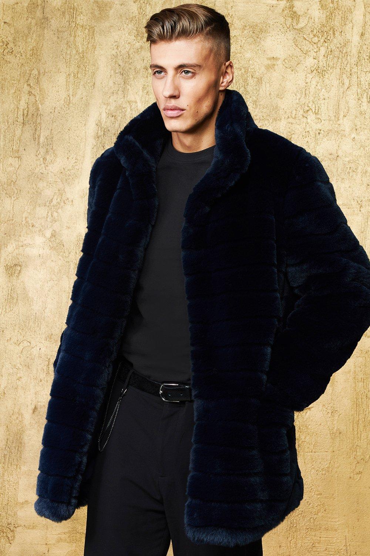 free shipping 7cafc dfc75 Cappotto pelliccia sintetica de luxe a righe | Boohoo