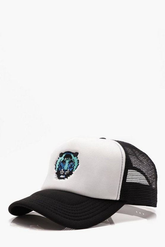 Lion Embroidery Mesh Trucker