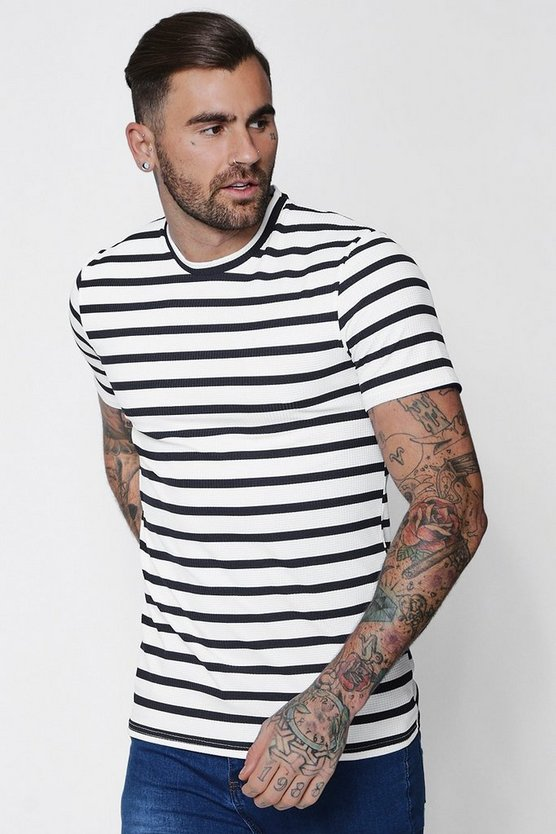 Muscle Fit Stripe T-Shirt