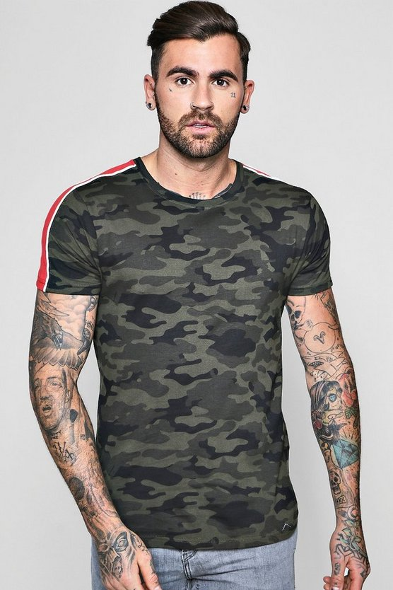 Curved Hem Camo Tee With Pipe Contrast Panel