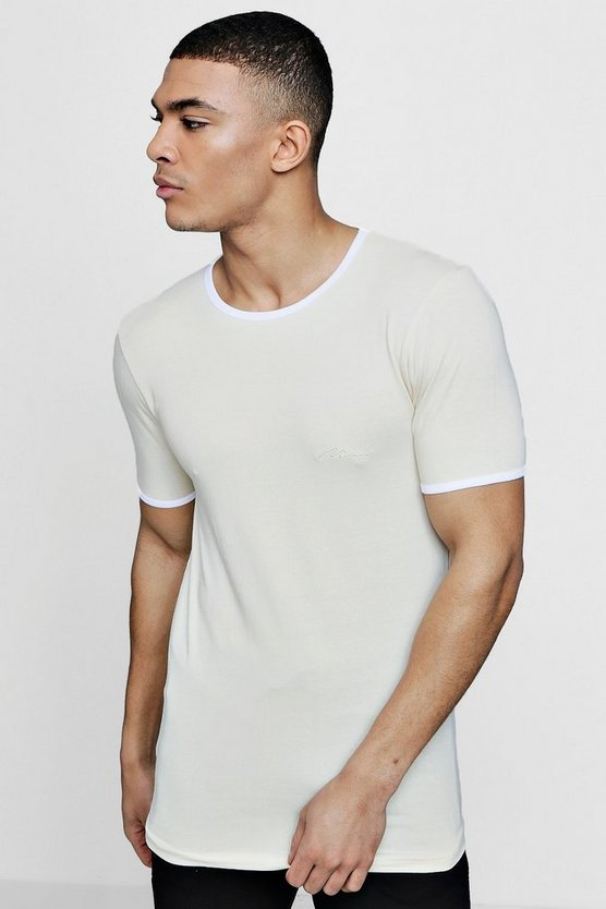 MAN Signature Muscle Fit T-Shirt With Curve Hem